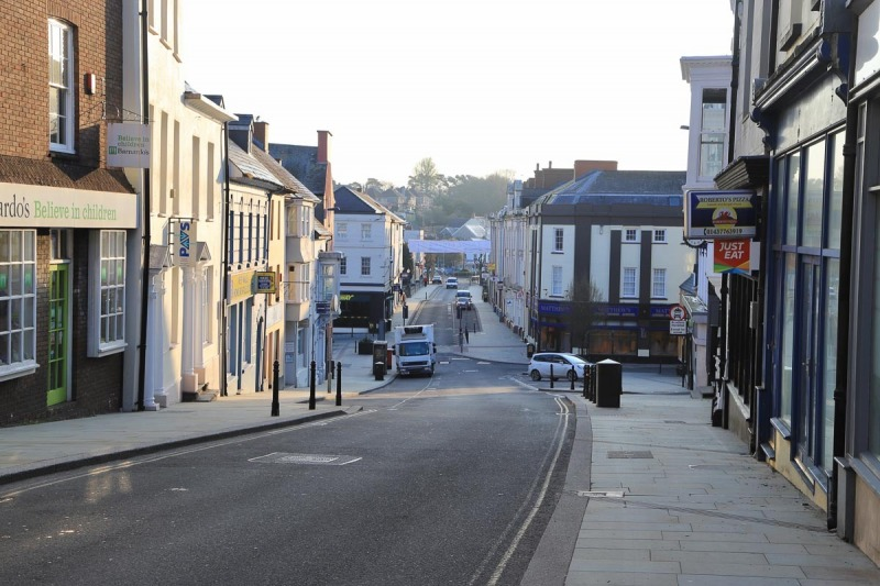 High Street Looking down towards Castke Square